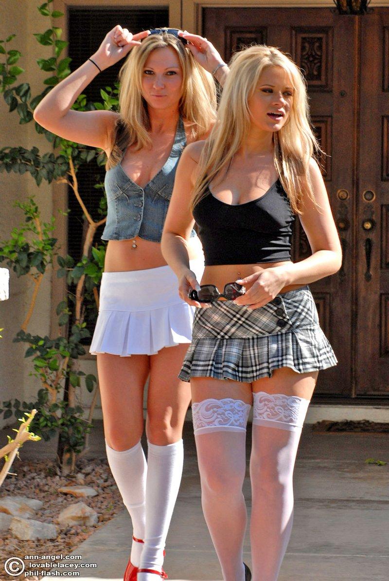 Тёлки в белых сарафанах юбках и штанишках фото 5 фотография