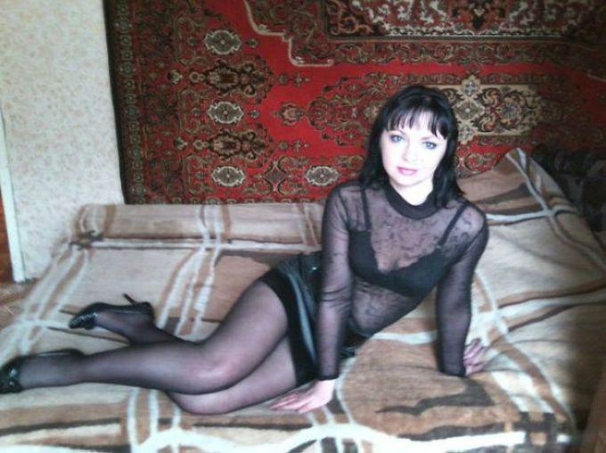chastnoe-porno-foto-russkih-bryunetki